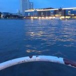 Photo taken at ท่าเรือคลองสาน (Khlong San Pier) by Khwan A. T. on 7/7/2013