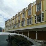 Photo taken at ITC Marina Plaza by Rizal T. on 5/14/2013