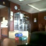 Photo taken at Friendly's Guesthouse, Adriatico St., Malate by Tatiana G. on 6/3/2013