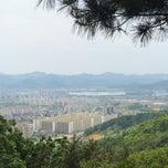 Photo taken at 후곡산 느티나무 쉼터 by sesajoon on 5/11/2014