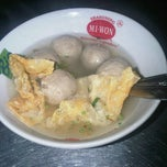 Photo taken at Bakso Malang & Mie Ayam Cak Surat by Marina I. on 2/2/2013