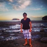 Photo taken at Murramarang Beachfront Nature Resort by Felipe A. on 11/10/2013
