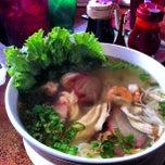 Photo taken at 888 Vietnamese Restaurant by Dj Benzo on 11/11/2012