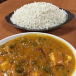 Photo taken at Indian Flavor Express by Alex L. on 11/2/2014