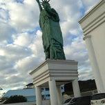 Photo taken at Havan by Dani A. on 7/24/2013