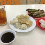 Photo taken at Pempek Candy by George C. on 2/19/2013