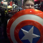 Photo taken at Hot Topic by Lisa W. on 10/27/2012