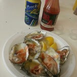 Photo taken at Pete's Clam Stop by Dwiddy M. on 8/12/2013