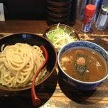 Photo taken at つけ麺専門店 三田製麺所 恵比寿南店 by Akihiro S. on 5/25/2013