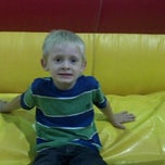 Photo taken at Jump'n Jungle by Lydia C. on 8/10/2013