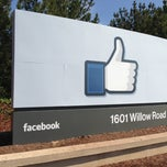 Photo taken at Facebook HQ by Krzysztof K. on 3/13/2013