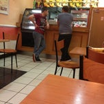 Photo taken at Kens Fried Chicken, Kebabs & Speedy Pizza by Rick M. on 7/6/2013