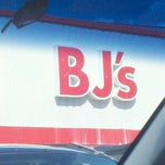 Photo taken at BJ's Wholesale Club by Caitlin C. on 8/22/2011