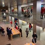 Photo taken at Apple Store, Buchanan Street by Craig W. on 1/4/2013