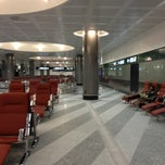 Photo taken at Gate D12 by Юлия Ц. on 4/1/2013
