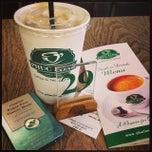 Photo taken at Phúc Long Coffee & Tea Express Mac Thi Buoi by Kannie H. on 9/27/2013