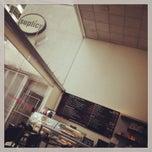 Photo taken at Suplicy Cafés Especiais by Benjamin E. on 1/12/2013