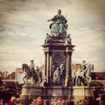 Das Foto wurde bei Maria-Theresien-Platz von BeLiz M. am 9/20/2013 aufgenommen