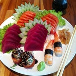 Photo taken at Sushi Papaia by Ygor F. on 12/26/2012