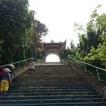 Photo taken at Thiền Viện Trúc Lâm Bạch Mã by Truong P. on 3/24/2014