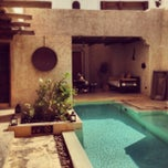 Photo taken at Sharq Village & Spa by Jack L. on 3/28/2013