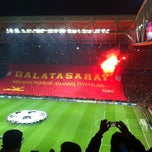 Photo taken at Doğu Tribün by Olcay Z Y. on 11/20/2012