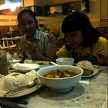 Photo taken at Killiney Kopitiam by andini j. on 8/13/2013