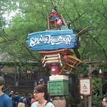 Photo taken at Splash Mountain by Pedro S. on 9/16/2012