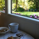 Photo taken at The Woodstock Inn on the Millstream by Erika F. on 9/26/2013