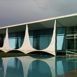 Photo taken at Palácio da Alvorada by Vitor L. on 2/27/2013