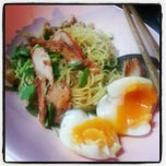 Photo taken at บะหมี่ไข่ลุงเฉื่อย (Lung Cheay Egg Noodles) by Nutsinee B. on 10/26/2012