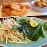 Photo taken at Sai Sai Noodle Bar by Chompuporn S. on 4/29/2013