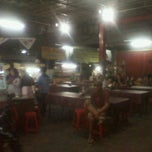 Photo taken at Bubur ayam sukabumi by Farry A. on 11/27/2012