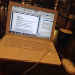 Photo taken at Gloria Jean's Coffees by Alistair B. on 5/31/2014