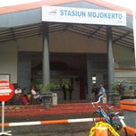 Photo taken at Stasiun Mojokerto by Muchamad Arifin on 2/16/2013