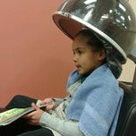 Photo taken at Fantastic Sams Hair Salons by Dianne M. on 11/28/2012