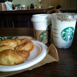 Photo taken at Starbucks by Mariana O. on 3/27/2013