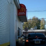 Photo taken at McDonald's by Angel V. on 11/7/2011