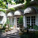 Photo taken at Pesta Keboen Restoran by Riefki M. on 5/19/2012