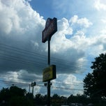 Photo taken at Wendy's by Darius R. on 7/8/2013
