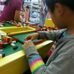 """Photo taken at Toys""""Я""""Us by Portia Dimples T. on 11/29/2014"""