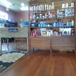 Photo taken at Salon Halloo by Beth H. on 9/24/2013