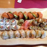 Photo taken at Kobe Japanese Steakhouse and Sushi Bar by Natalia on 5/23/2013