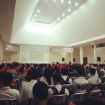 Photo taken at Dinas Pendidikan Provinsi Kalimantan Tengah by Saptonugroho R. on 4/26/2014