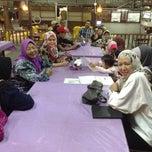 Photo taken at Restoran Patani ABC Teluk Cempedak by Noor B. on 1/15/2014