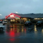 Photo taken at Golden Corral by Teresa O. on 2/22/2013