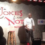 Photo taken at Jokes And Notes Comedy Club by @SARAHAKALADYD on 9/25/2014