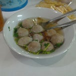 Photo taken at Bakso Sederhana by Tori E. on 5/8/2013