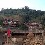 Photo taken at อ่างขางฮิลล์รีสอร์ต by Kong on 1/18/2013