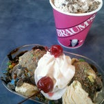 Photo taken at Braum's Ice Cream & Dairy Stores by Scout T. on 12/6/2013